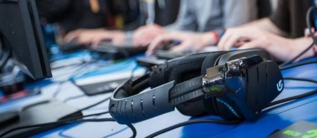 Facebook's eSports ambitions challenge Twitch