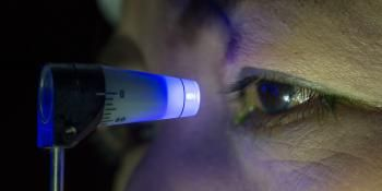 Eye Scan Could Detect Alzheimer's Before Symptoms Occur