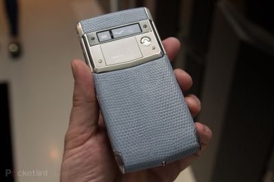 Luxury phone manufacturer Vertu buys TCL Communication for $40 million