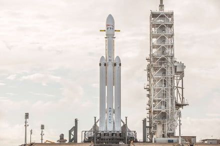 Prepare for liftoff! Here's 7 crazy facts about the SpaceX Falcon Heavy rocket