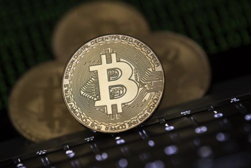 Bitcoin marches toward $12,000 in spite of new regulation chatter from the US