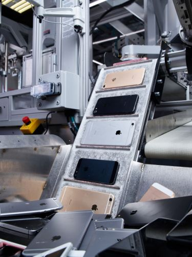 Apple expands global recycling programs, announces new Material Recovery Lab in Austin