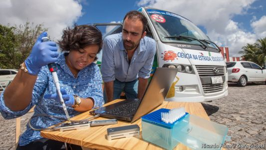 Taking DNA sequencing into the field