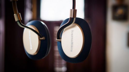 Bowers & Wilkins PX Review: Beautiful sound - after I got a haircut