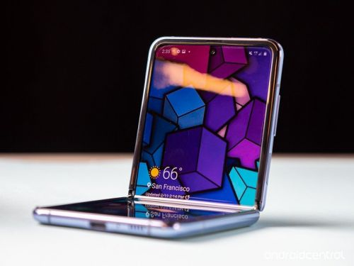 Galaxy Z Flip already sold out in stores, but you can still buy it online