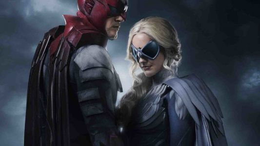 DC and Warner Bros. Need to Release Official Photos Quicker