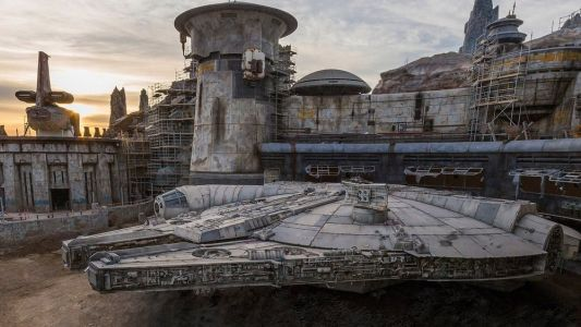 Disney Shares Official Photo of The Millennium Falcon at STAR WARS: GALAXY'S EDGE