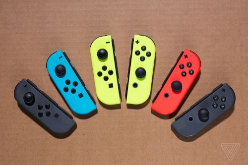 Nintendo Switch Joy-Con controllers are 30 percent off at Newegg