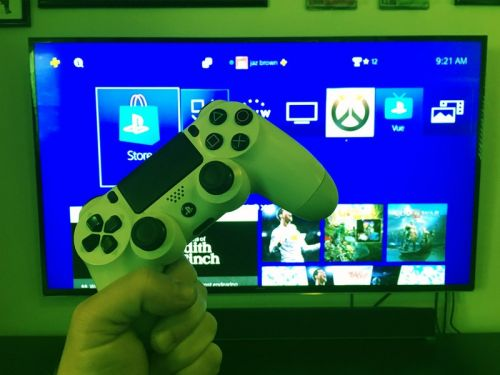 What to do when you see green dots on your PlayStation screen