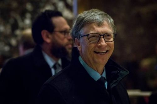 Here's why Bill Gates prefers Android to iOS