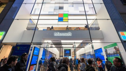 Microsoft Stores are dead - now's the time to stop copying Apple