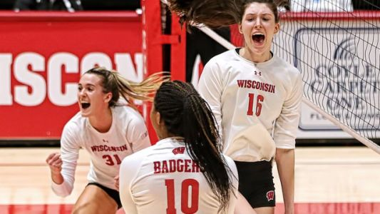 Wisconsin vs Texas Women's Volleyball Live Stream: Watch Online for Free