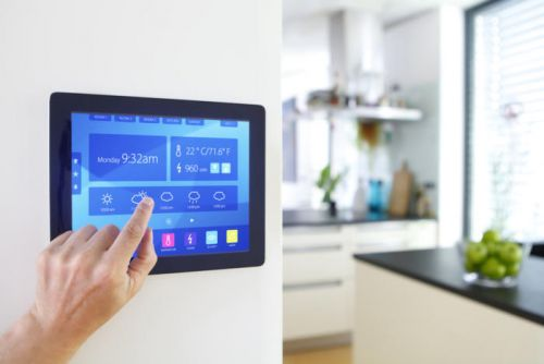Smart home systems: DIY vs. hiring a professional