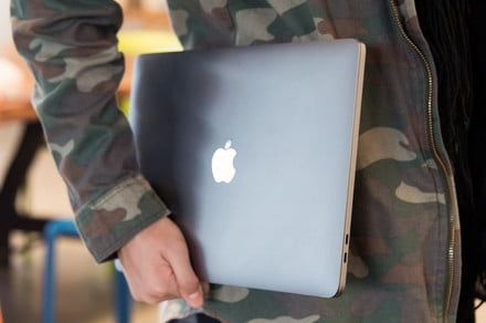 Benchmark test shows Core i9 severely throttled in 15-inch MacBook Pro