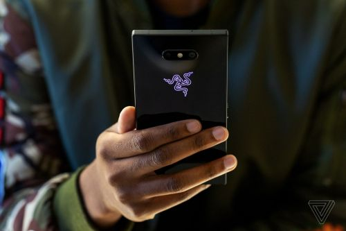 AT&T will sell the Razer Phone 2 starting on November 16th