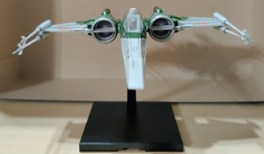 The Bluefin X-Wing Model Is a Quick STAR WARS Model to Build and a Lot of Fun