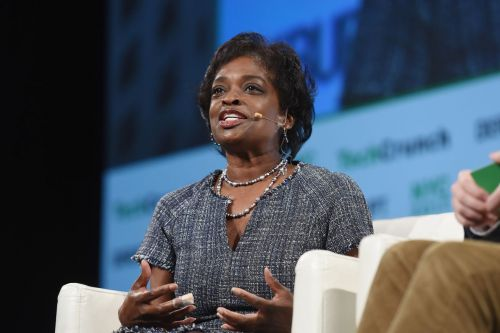 Staunch net neutrality advocate Mignon Clyburn steps down from FCC