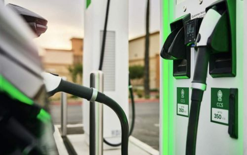 Biden wants 500,000 EV chargers by 2030: Here's how that works