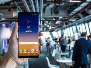 Samsung Galaxy S9 90% Screen-To-Body Ratio Will Be From Hardcore Body Slimming