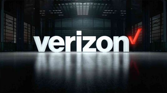 Verizon strikes new deal with NFL, will allow customers on other carriers to stream NFL games