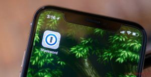 Popular password managers now support iOS 12's autofill feature
