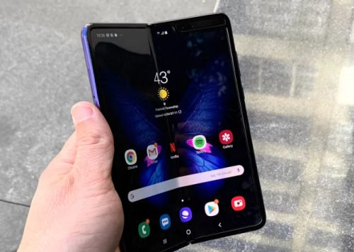 Samsung Galaxy Fold pre-sale temporarily canceled
