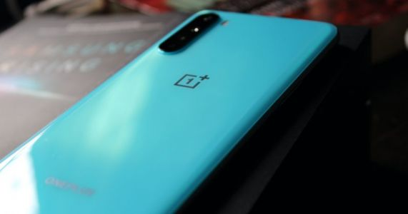 The OnePlus Nord is the beefy boy in the $400 phone market