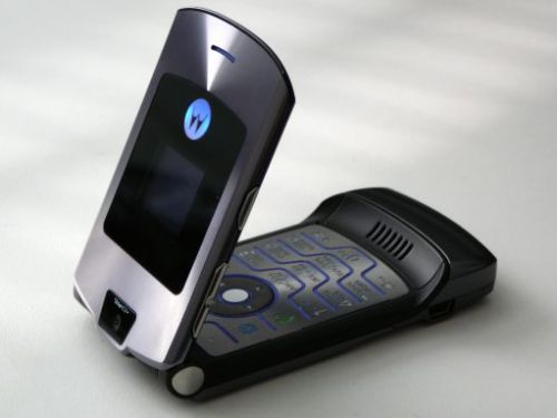 The foldable screen RAZR reboot has a rare opportunity