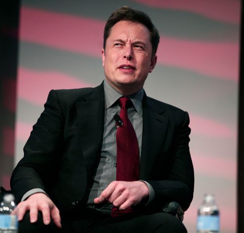 Elon Musk Rejects Sandy Munro's Call for Help on 3-Wheeled Electric Vehicle from Tesla-'Not Safe Enough' for Production