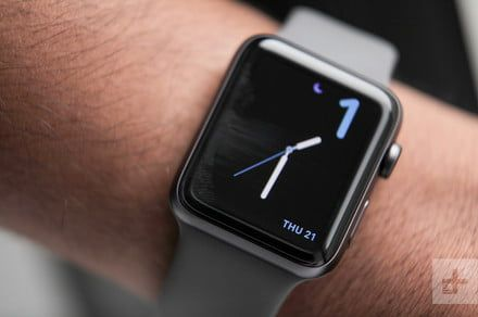 Here are the best Apple Watch and Fitbit Versa deals for Black Friday