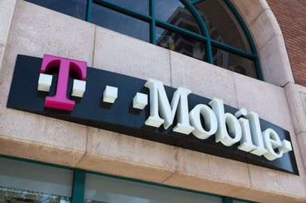 T-Mobile wants to give you a free smartphone when you add a line