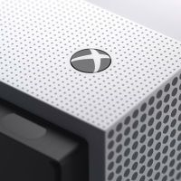 Report: Microsoft plans to launch a disc-free Xbox One in 2019