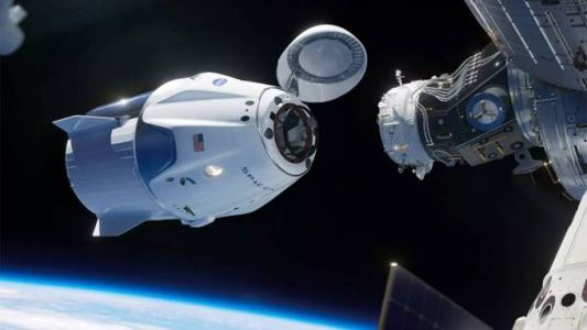 "Incredibly grainy video surfaces of SpaceX Crew Dragon ""anomaly"""