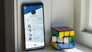 Rubik's Connected Cube syncs with your phone for easy lessons and online competition