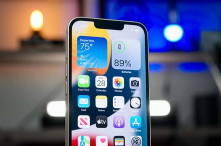 Pixel 6 vs. iPhone 13: Is Google's flagship an Apple eater?