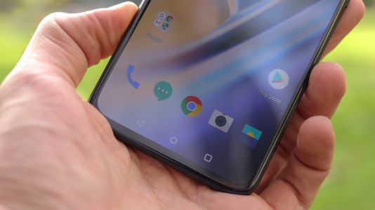 OnePlus 7 Pro confirmed to have a 'super-smooth' display and 5G, but cost more
