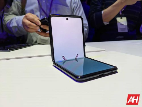 Galaxy Z Flip 3 Charging Speed Revealed, And It's Not Impressive