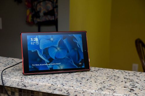 Amazon's dock makes the Fire tablet a better Echo Show