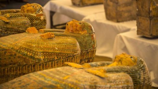 Archaeologists Uncover 30 Ancient Coffins With Mummies in Egypt