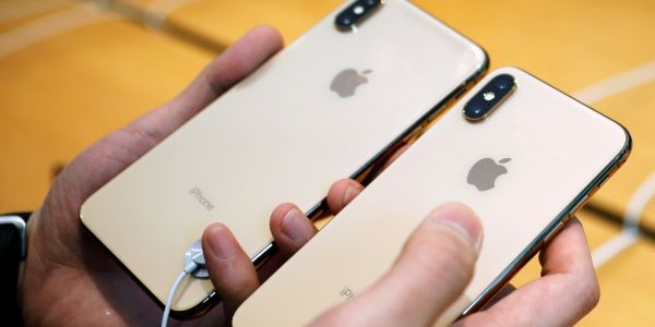 Apple doesn't have Black Friday deals for iPhones - but here are the stores that do