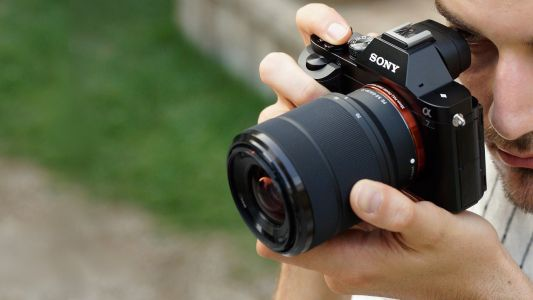 Amazon Prime Day deals: This Sony A7 camera and lens kit is ridiculously cheap