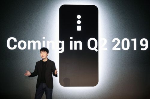"Oppo brought 5G phones with 10x ""Lossless zoom"" to Barcelona"