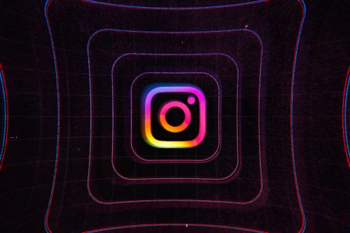 Instagram kept deleted photos and messages on its servers for more than a year