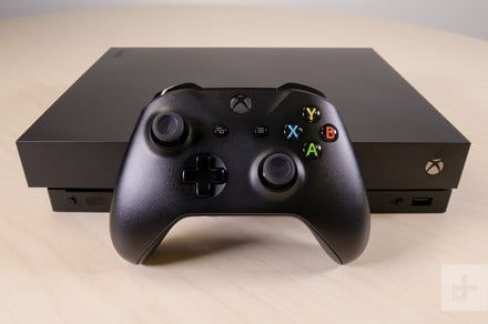 Microsoft is reportedly planning an Xbox One without a disc drive for 2019