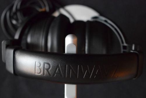 Review: The Brainwavz HM5 studio headphones provide pro sound at an indie price