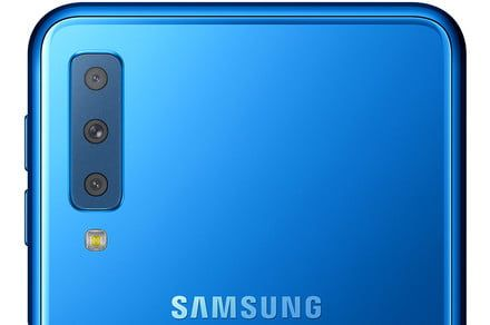 Samsung looks at Huawei for inspiration, comes up with the Galaxy A7
