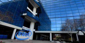 New Intel 5G modem will be available in commercial devices in 2020