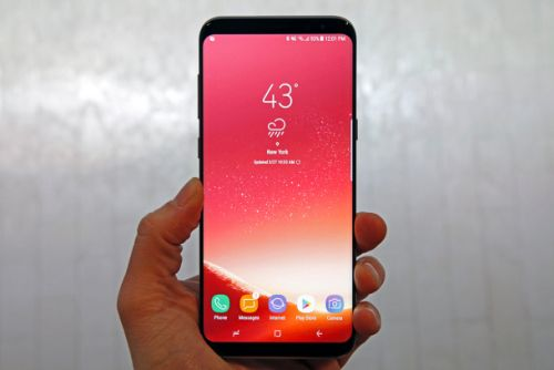 Galaxy S9's biggest hardware change shown in new leaked photos