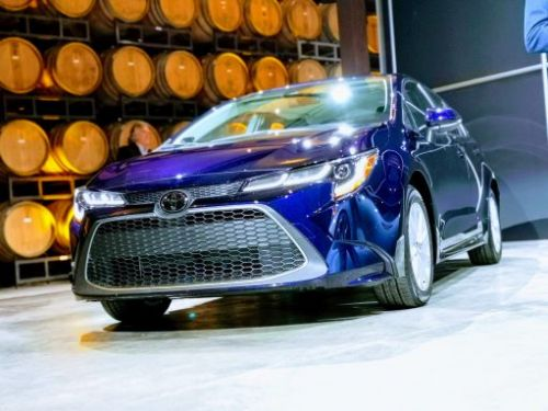 2020 Toyota Corolla sedan official: Sharper and safer