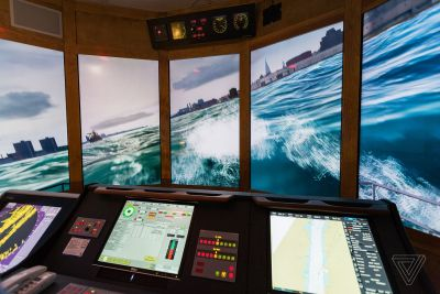 Inside the high-tech simulator where NYC ferry captains learn to avoid killing kayakers